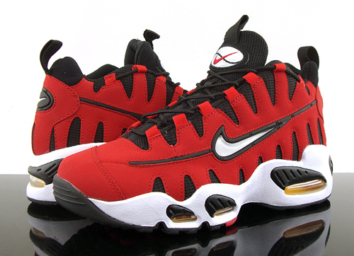 sports shoes 970f6 949d5 Nike Air Max Nomo Varsity Red In Stores
