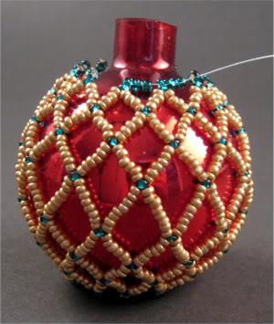 How to Make Holiday Beaded Ornaments Tutorials - The ...