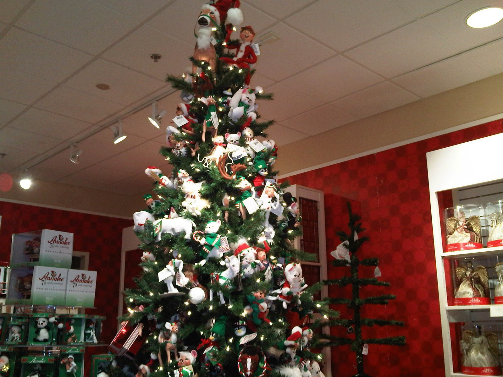 Copeland Christmas Blog: Themed Trees for 2010 Copeland ...