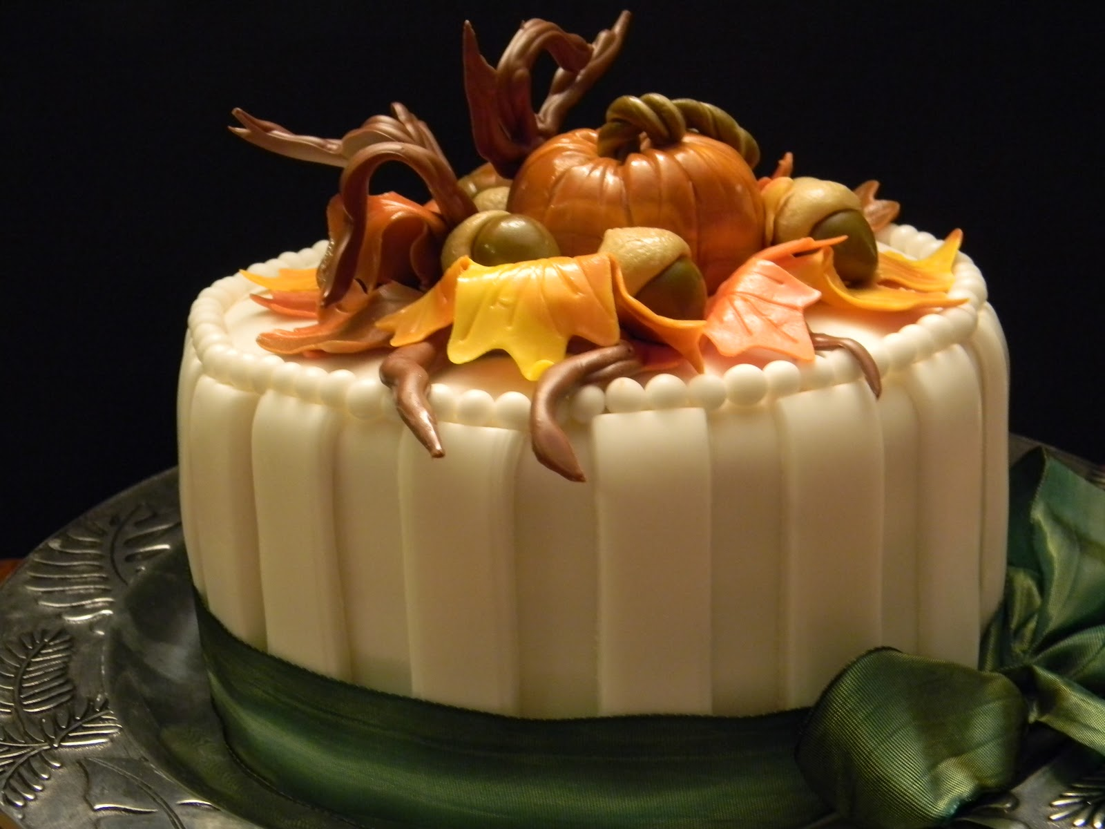 Couture Cakes by Angela Welcome Fall