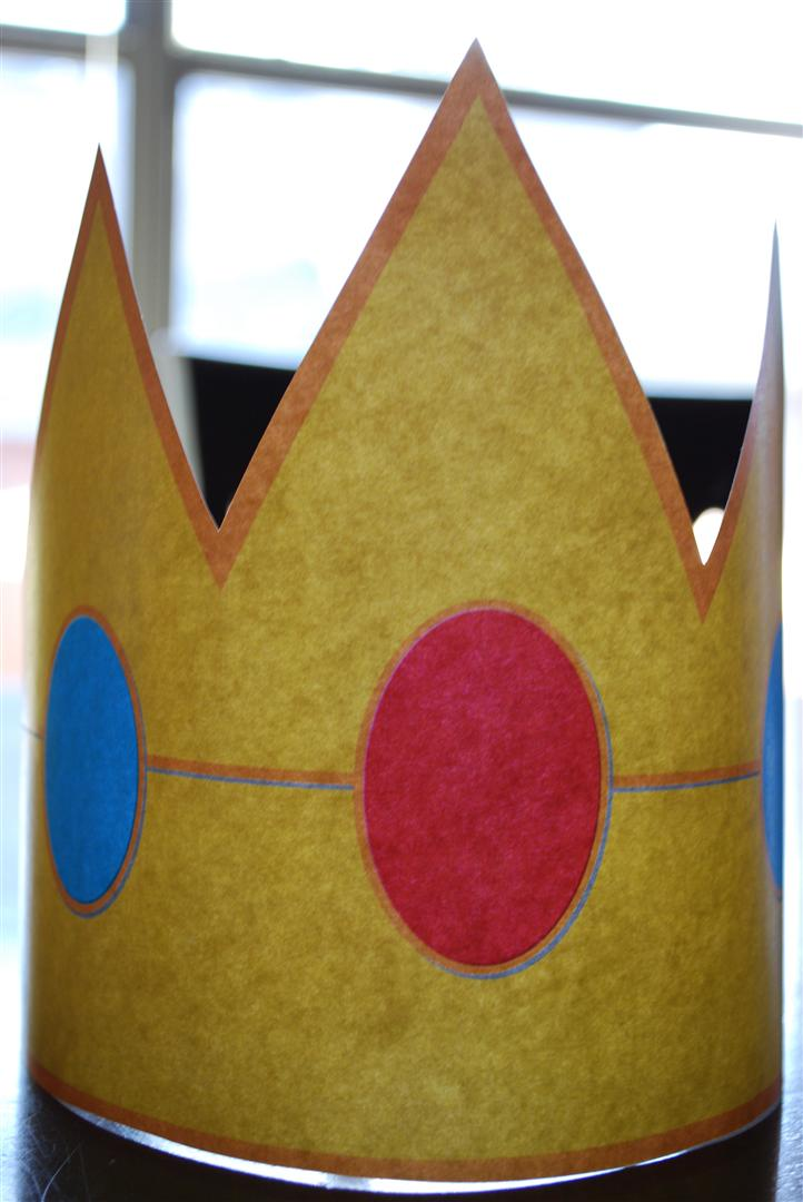 craftyc0rn3r super mario birthday party princess peach felt crowns