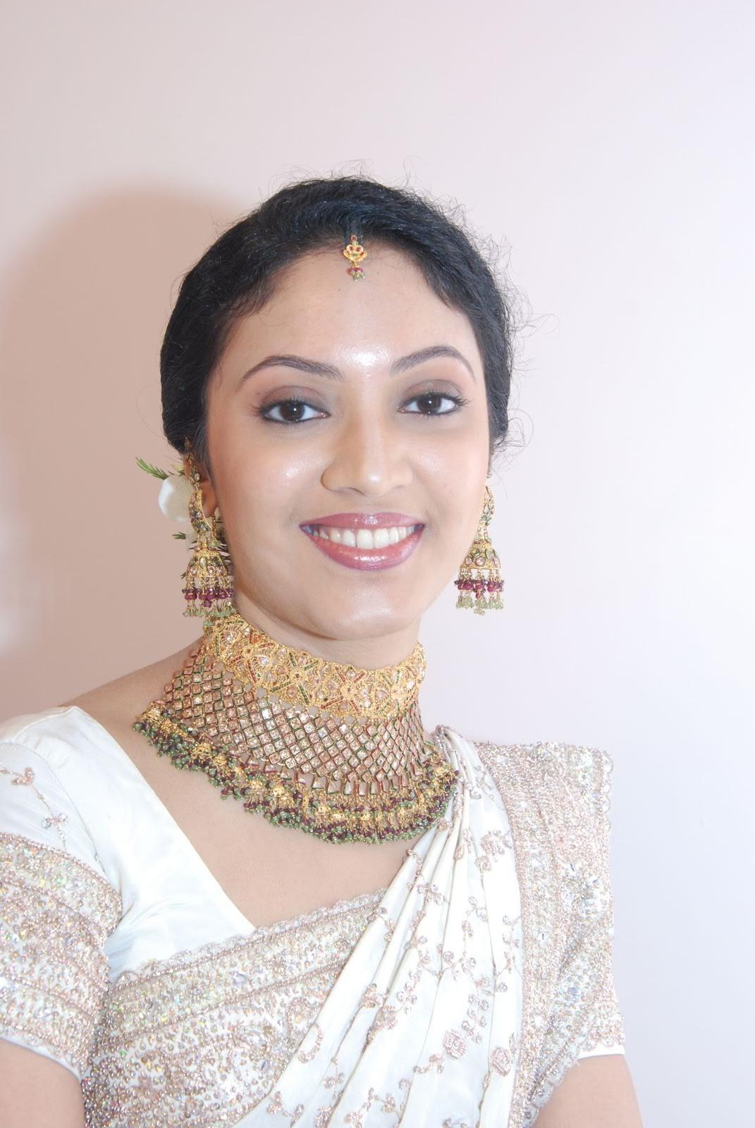 Beautiesinsarees Kerala Girls In Cute Saree Pics -5512