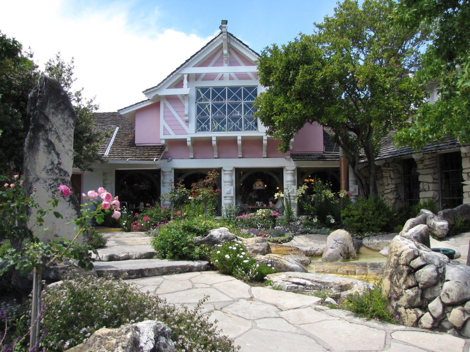 100622 Madonna Inn Pismo Beach Elfin Forest