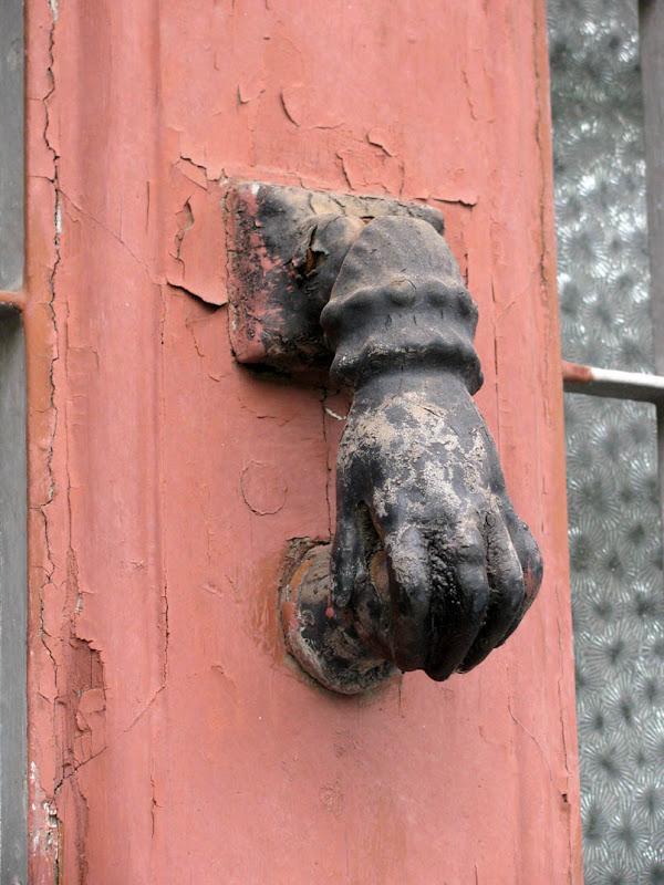 Hand door-post