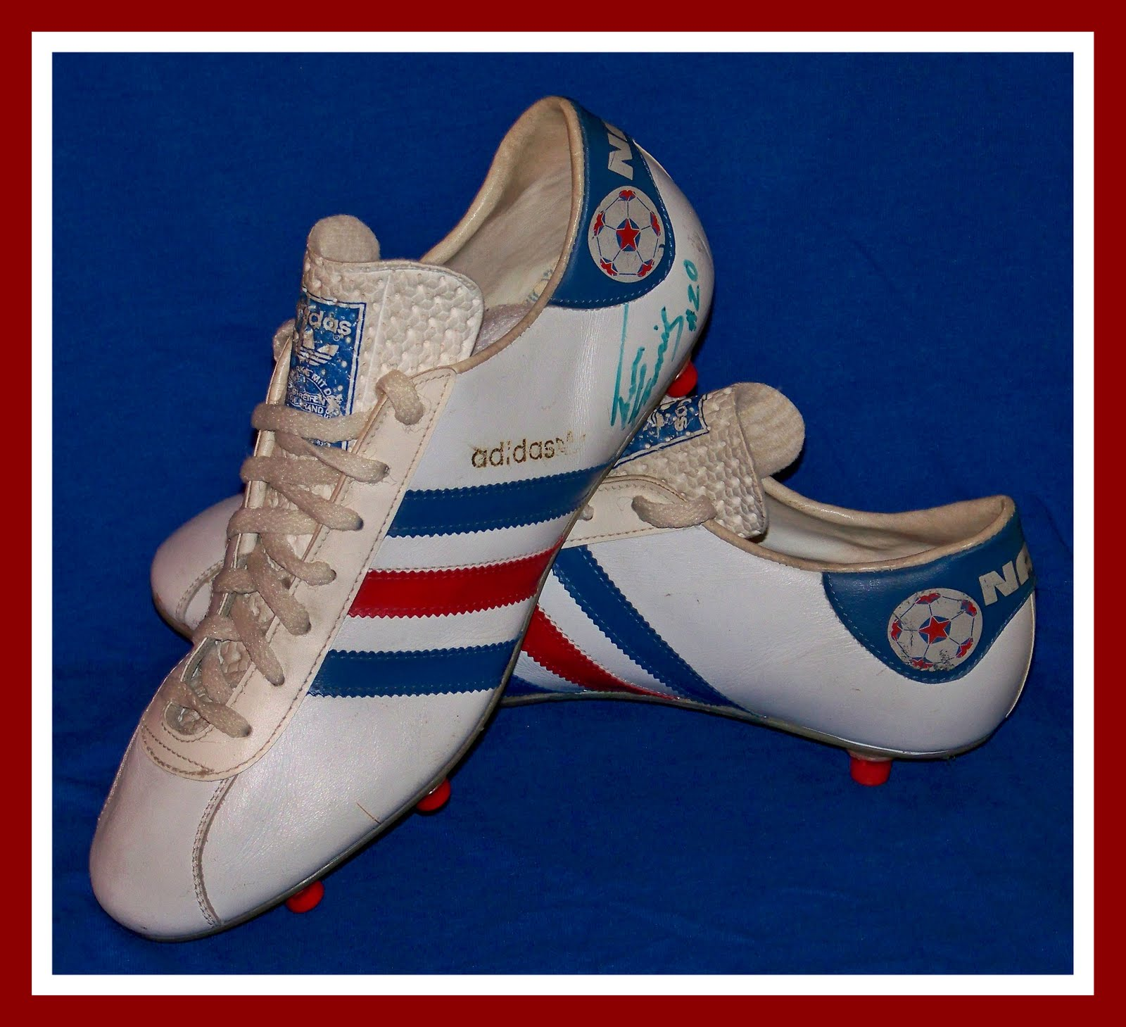 ADIDAS NASL CLEATS AUTOGRAPHED BY TREVOR FRANCIS