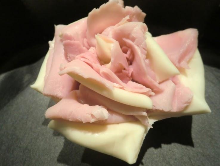Ricette e idee per cucinare rose di pasta sfoglia e for Cucinare wurstel