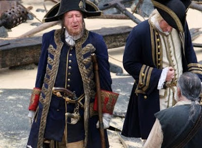 Geoffrey Rush como Barbossa - Piratas do Caribe 4