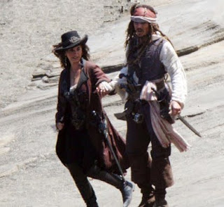 Penelope Cruz and Johnny Depp - Pirates of the Caribbean 4