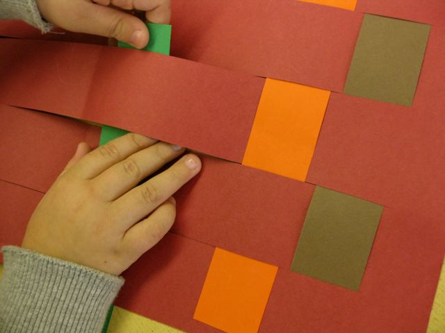 Basket Weaving Using Construction Paper : Sewing school weaving paper placemats