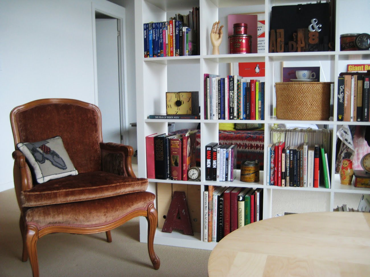 alanna cavanagh i heart my expedit bookcase. Black Bedroom Furniture Sets. Home Design Ideas