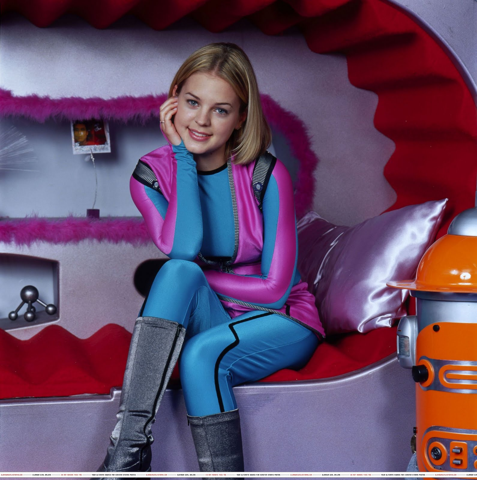 space station zenon girl of the 21st century - photo #10