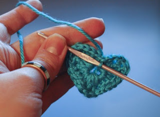 tiny crochet heart from geeky crochet