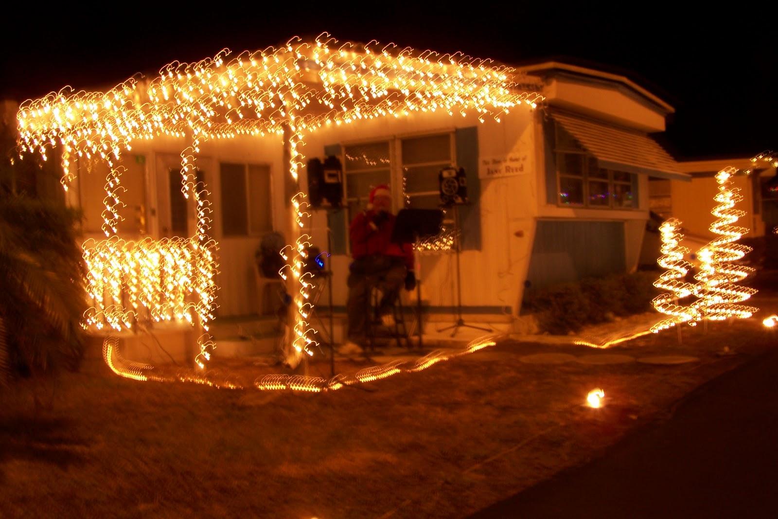 White Christmas Lights Vs Multi Colored Tigerdroppings Com