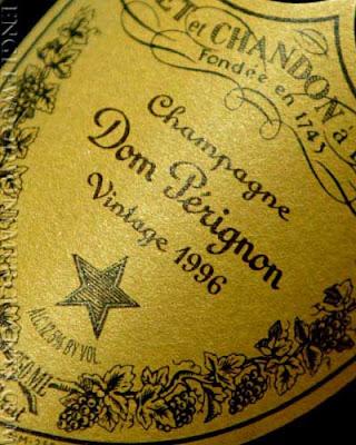 Convencionou-se que foi no dia 4 de Agosto de 1693 que Dom Pérignon inventou o seu famoso champanhe.