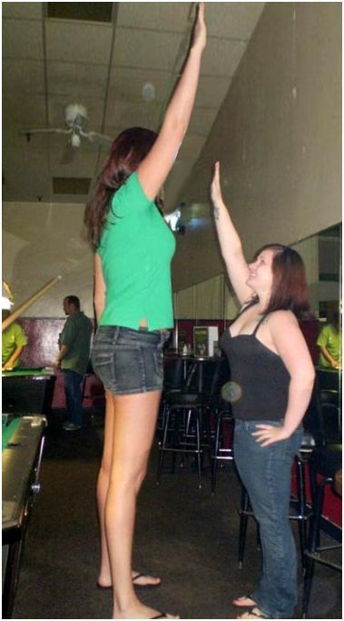 Tall Girls Compilation - 60 Pics  Curious, Funny Photos -7423
