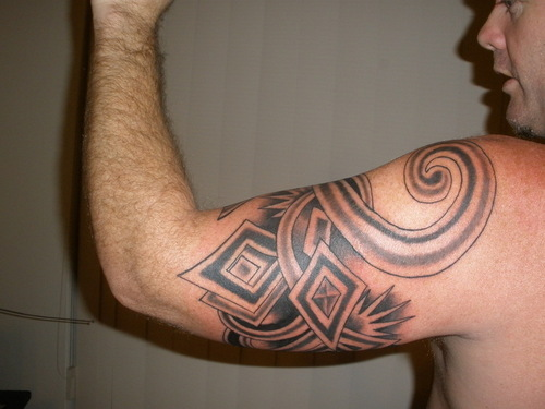 maori arm tatoos design