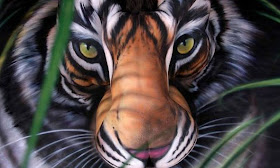 Indosms Net Girl Or Tiger Amazing Body Art