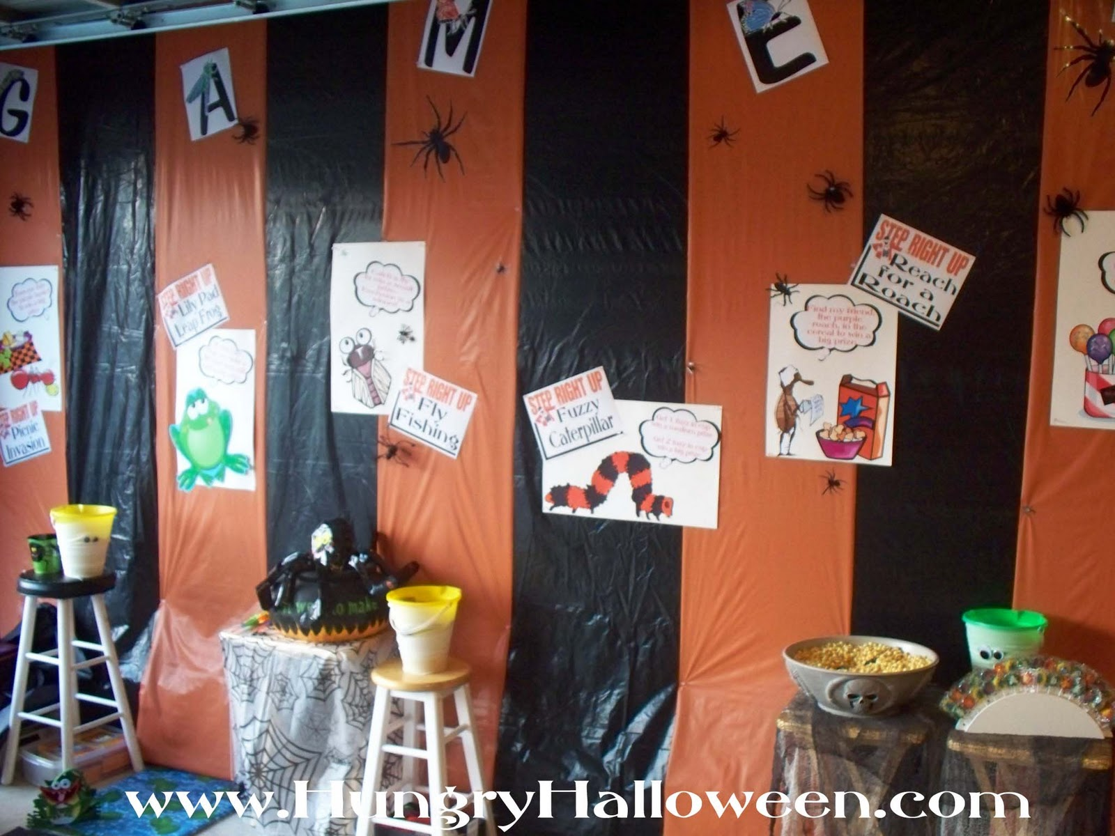 halloween weekend our carnival of the creepy crawlers and my radio