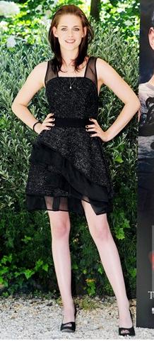 2013ün moda trendleri - yeşil bir etek kıyafeti ile 22