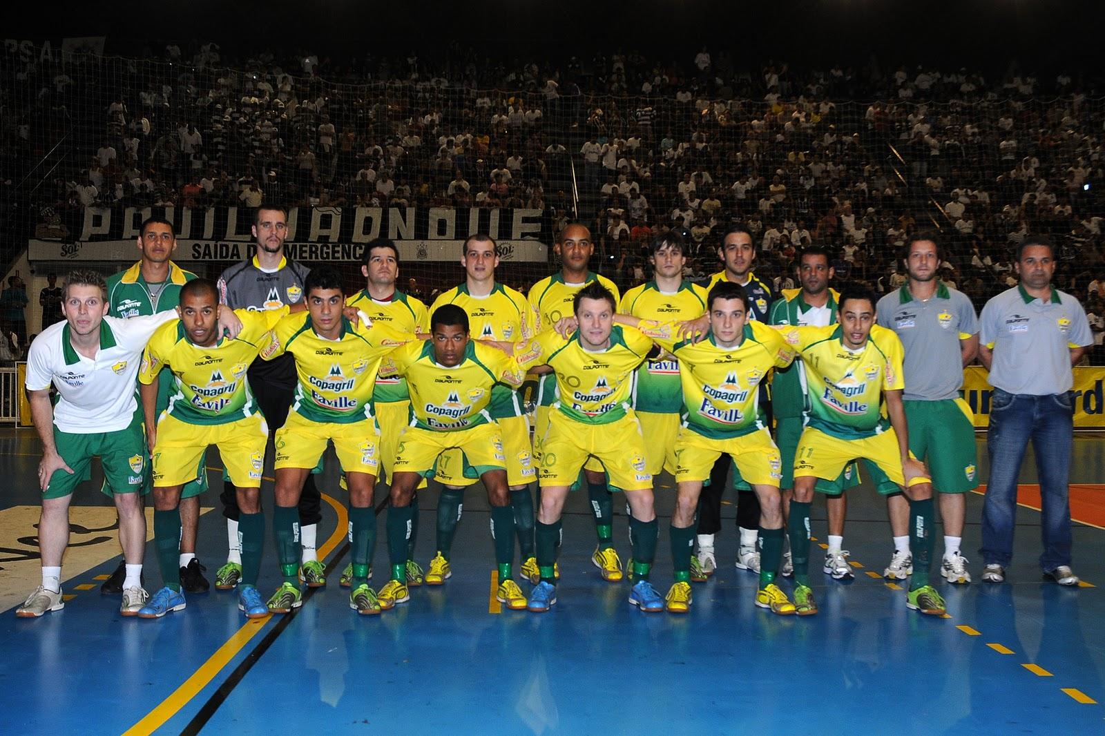 A Copagril Faville DalPonte é a primeira finalista da Liga Futsal 2010. O  time paranaense chegou à decisão ao empatar em 1 a 1 diante da excelente  equipe do ... 2d3fa236c9eb0