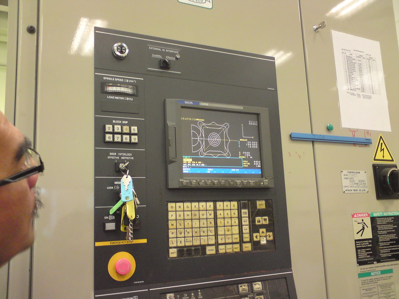 CNC Machining: November 2010