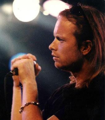 Jim Morrison indefenso