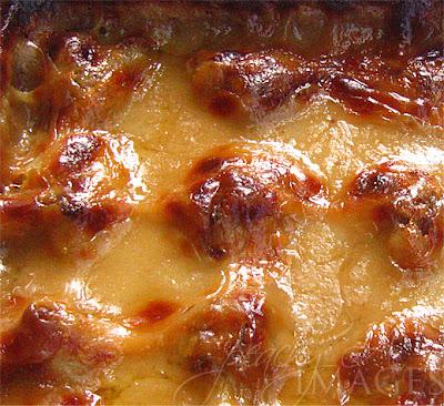 Buchi ng Malabon / Baked Glutinous Rice with Mung Beans