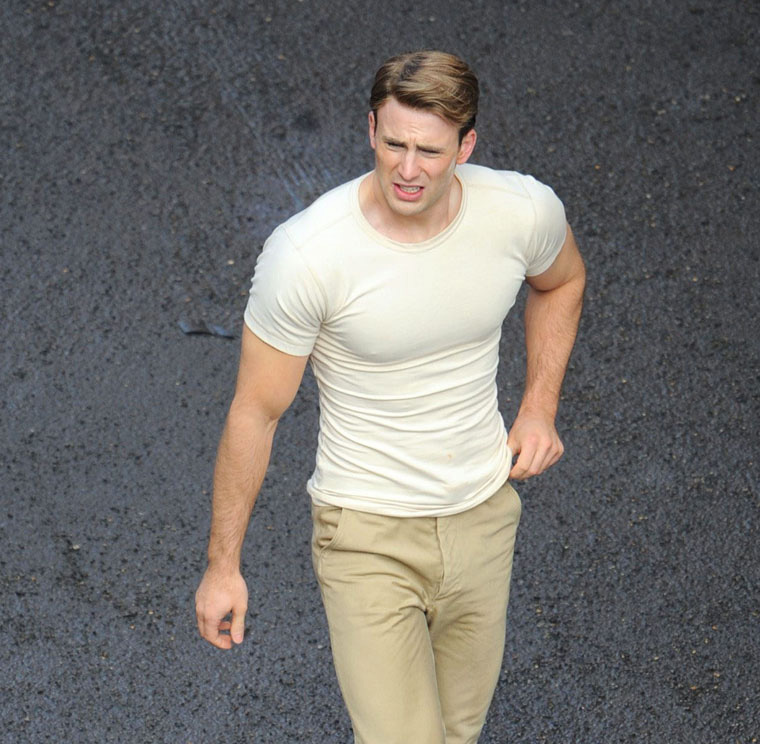 The Chris Evans Blog: More Captain America Set Photo's