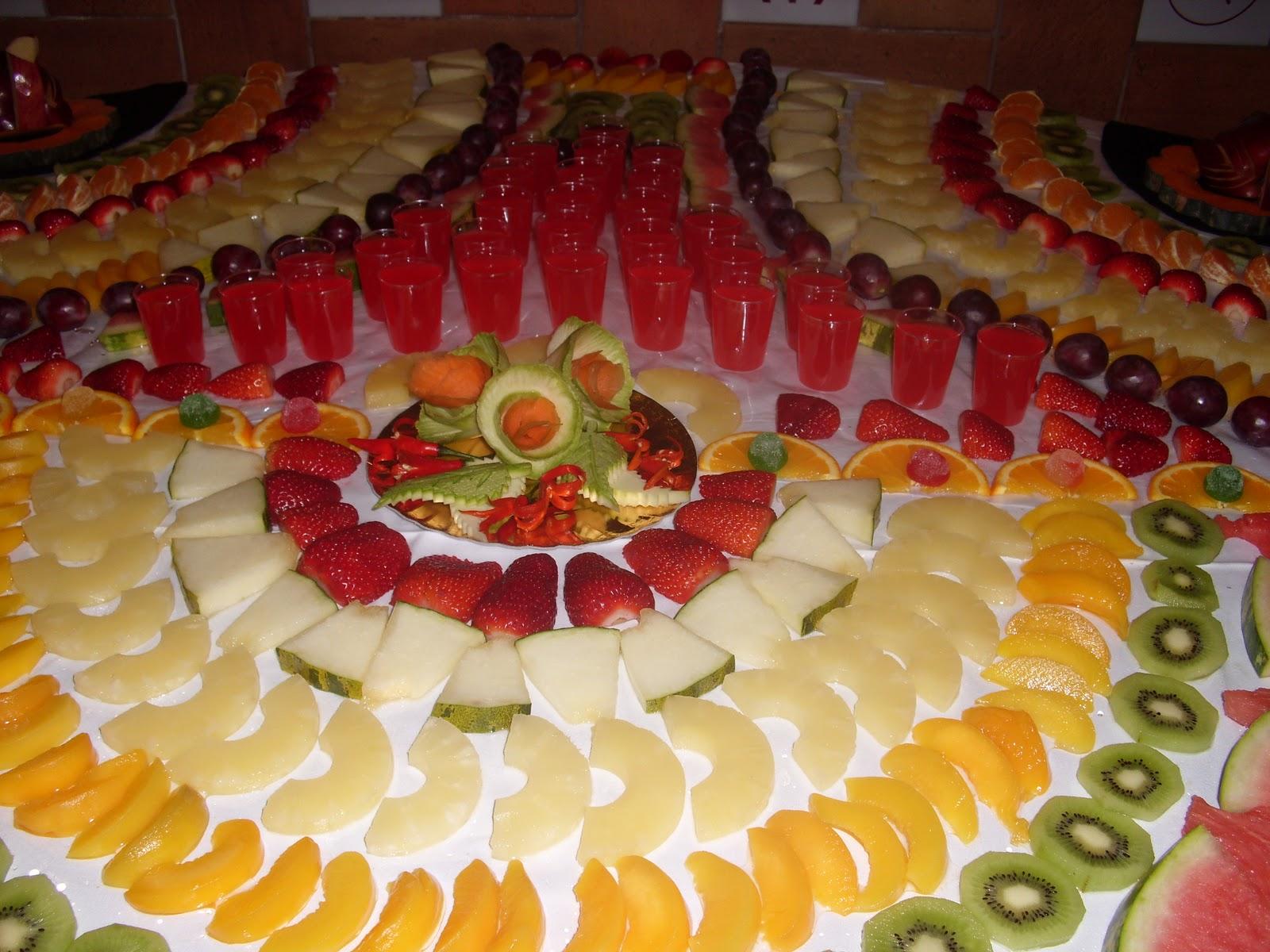 Buffet de ana mesas de fruta for Como secar frutas para decoracion