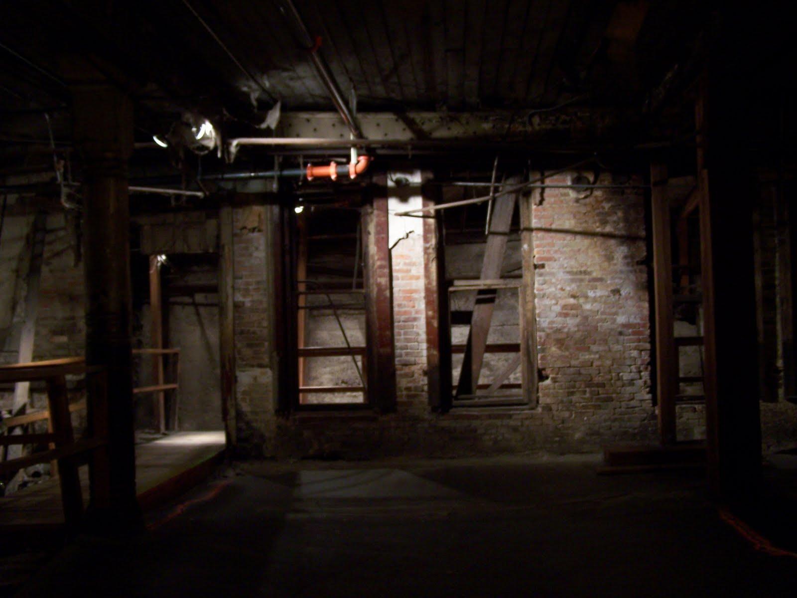 Dempsey S Epic Adventures Seattle Underground Tour