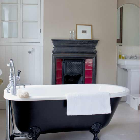 Victorian Bathroom: LifeStyle: Decorating A Modern Victorian Bathroom