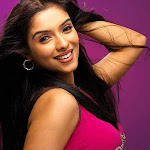 Asin Upset With Aamir's Nature