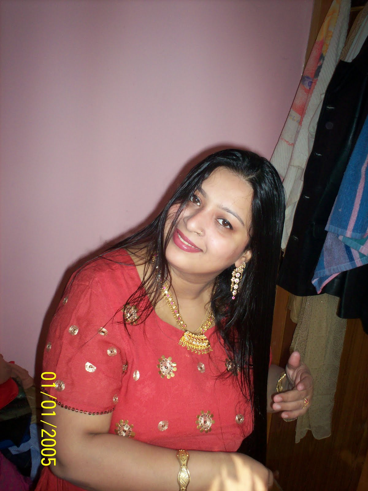 All Desi Aunties Moti Aunty Eating Lunch-8353