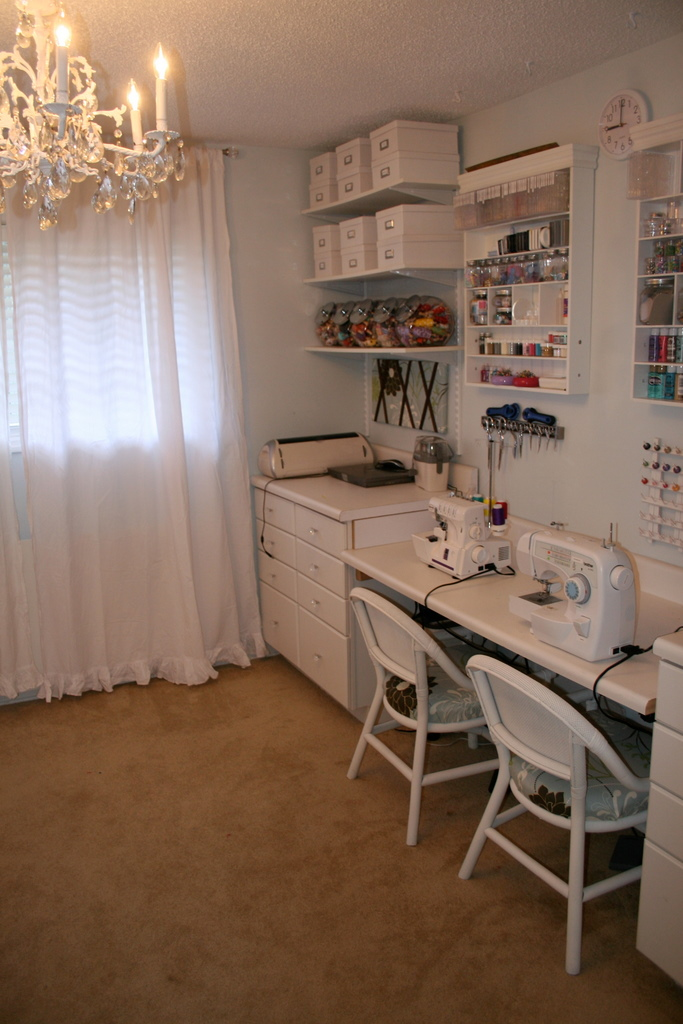 Remodelaholic Craft Haven Guest Craft Room Before And After