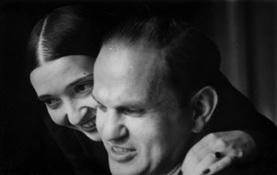 Clara y Robert Rockmore en una foto familiar