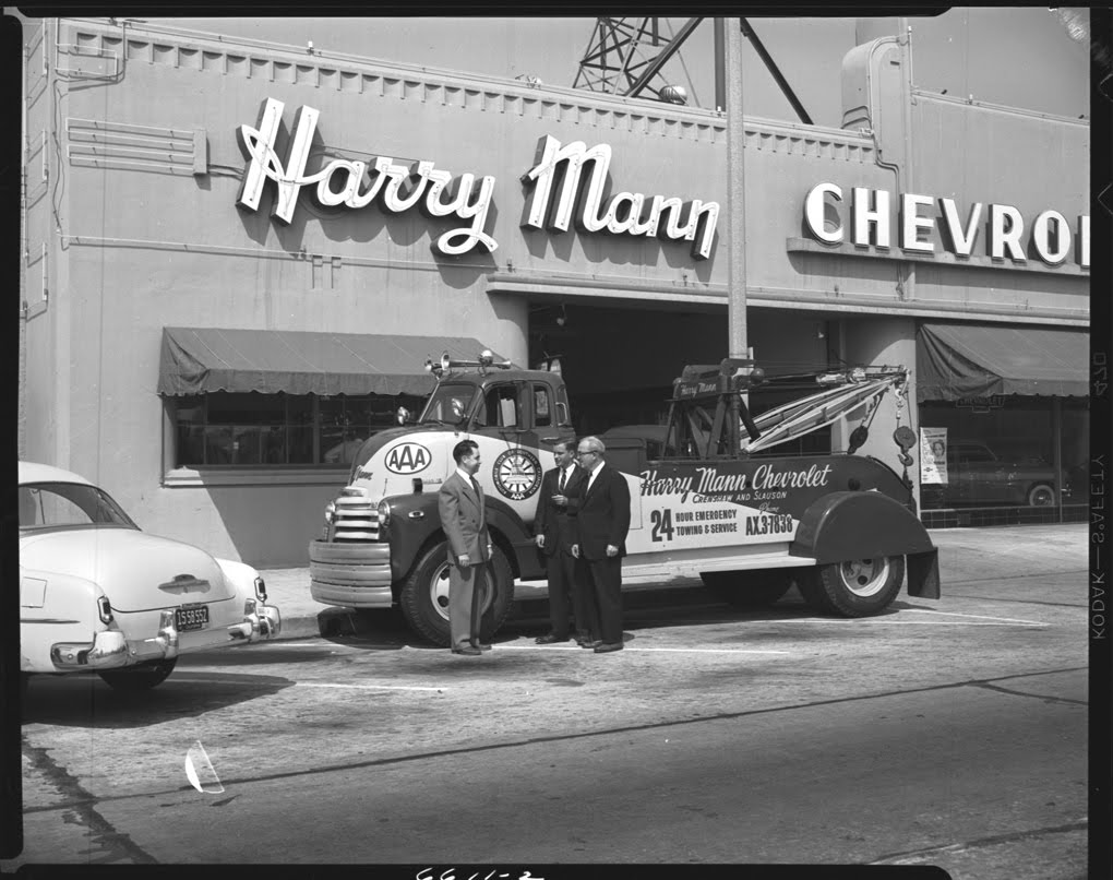 nostalgia on wheels harry mann chevrolet in los angeles 1952. Black Bedroom Furniture Sets. Home Design Ideas
