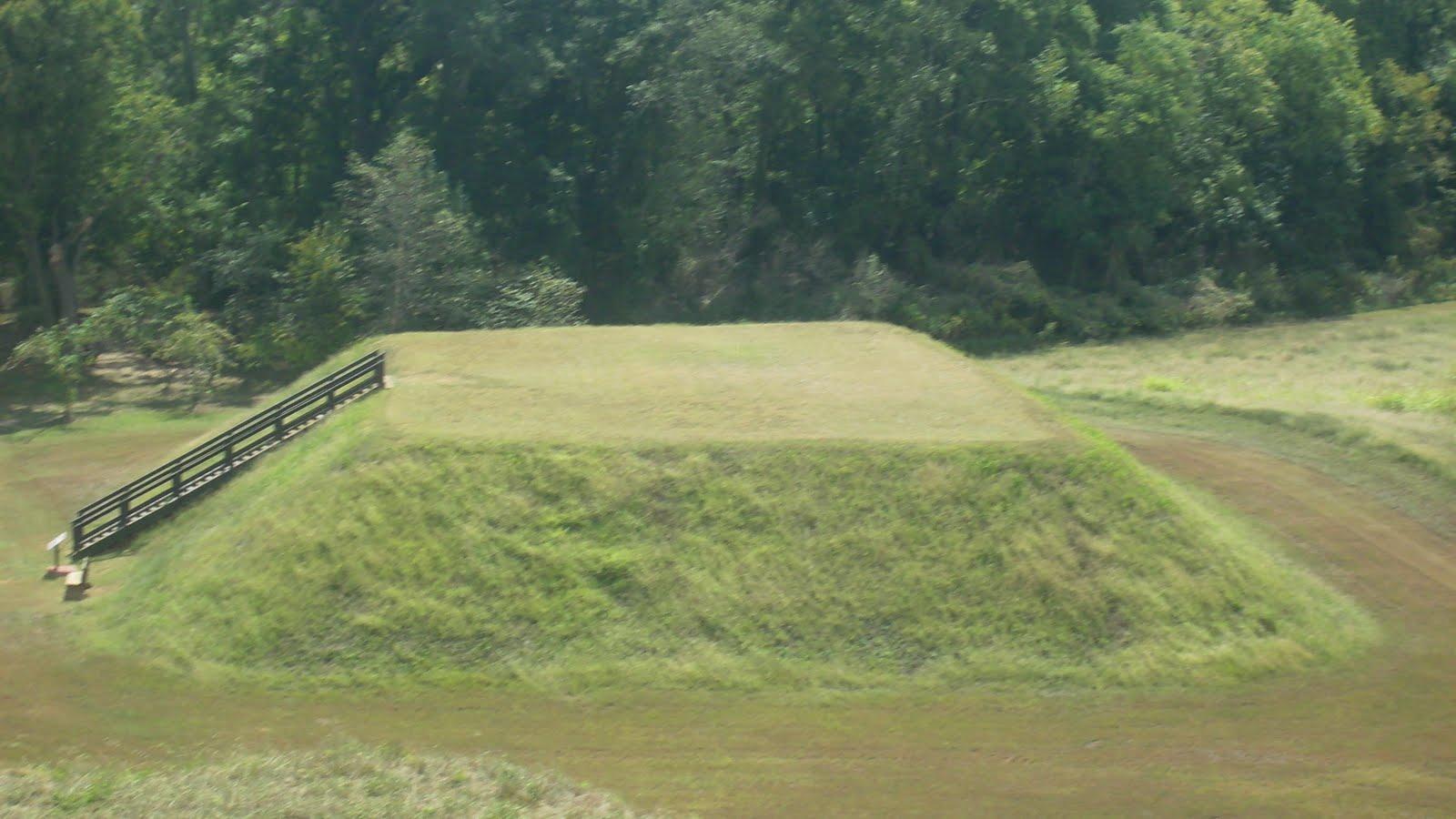 Exploration Southeast Etowah Indian Mounds Cartersville Ga