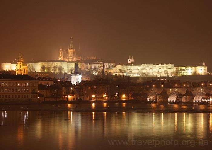 Влтава и панорама Пражского града