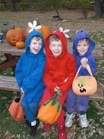 Pikmin: Halloween-Sign by saiiko on DeviantArt |Pikmin Halloween
