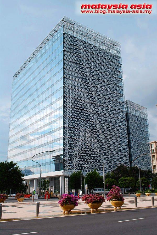 Boulevard at Putrajaya