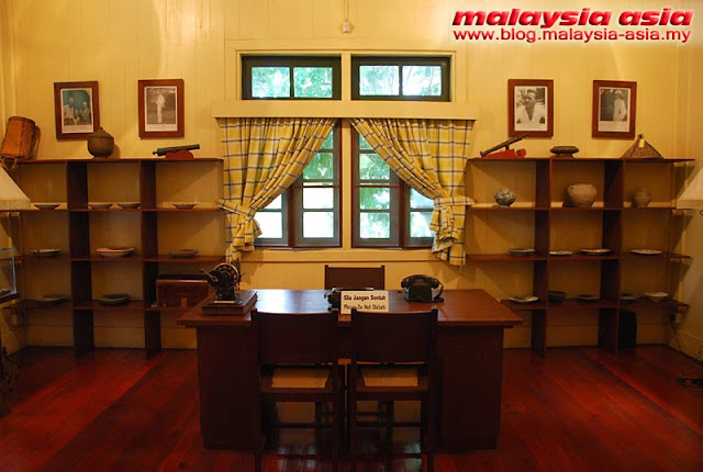 main study room of Agnes Keith