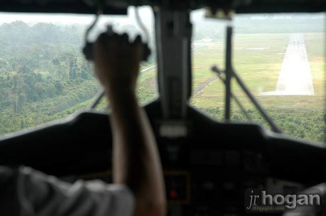 Mulu Airport Twin Otter Plan Landing