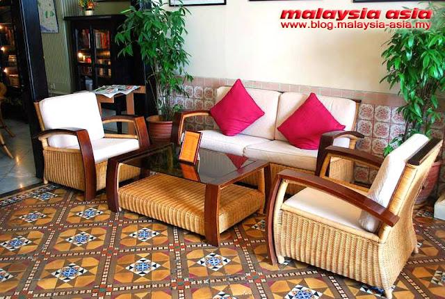 Melaka Retro Chairs