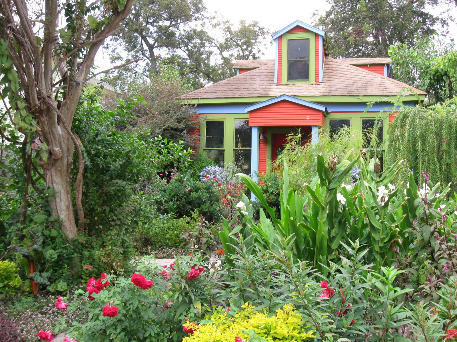 The Other Houston Garden Bungalow Blog Award
