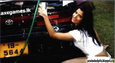 Bikini Girls Washing Cars Nude HD