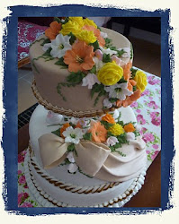 WeDdInG CaKe - 3Tier Fondant + Royal Icing