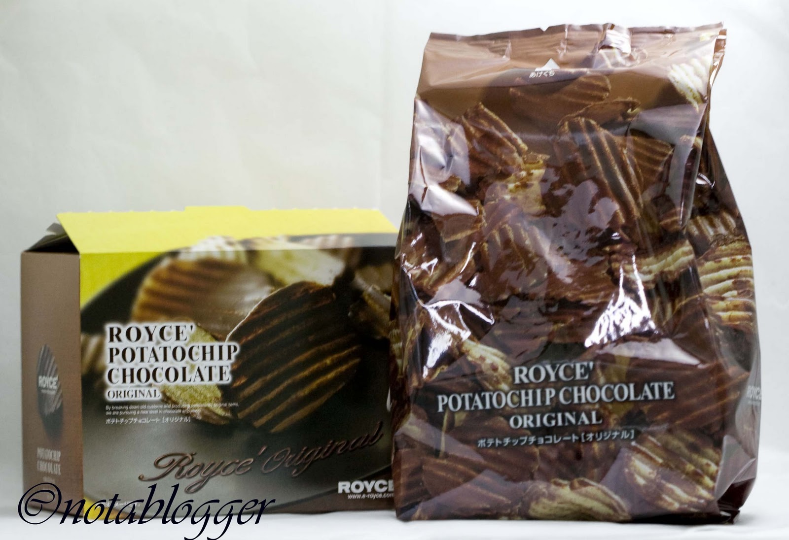 I Am Not A Blogger.: Royce Potato Chip Chocolate