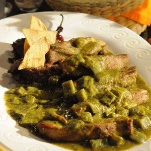 COCINA MEXICANA NOPALES CON COSTILLAS DE CERDO