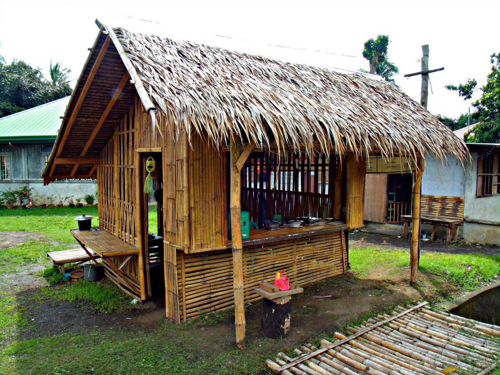 Taga Ibaan Ako Nipa Hut In Coliat