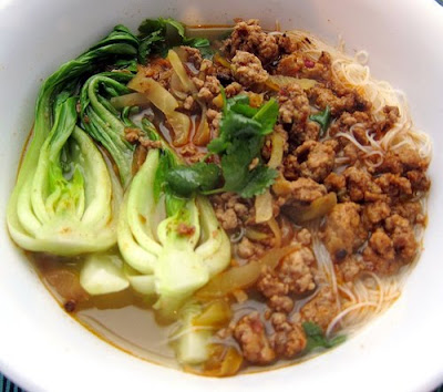 Spicy-Sour Pork Ramen | Noodle Fever